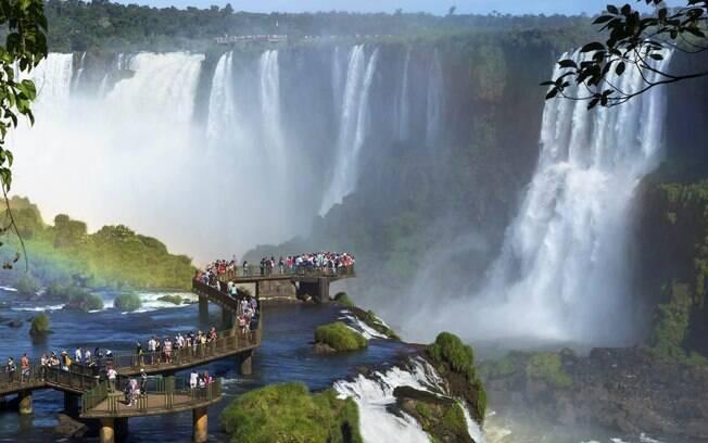 Foz do Iguaçu tem diversas belezas naturais, como as cataratas