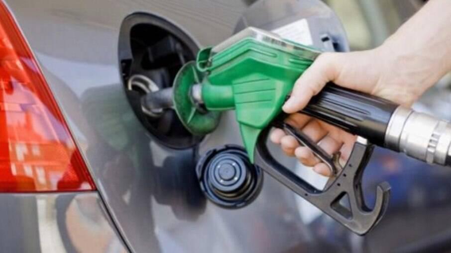 Preço médio alcança R$ 4,497 o litro