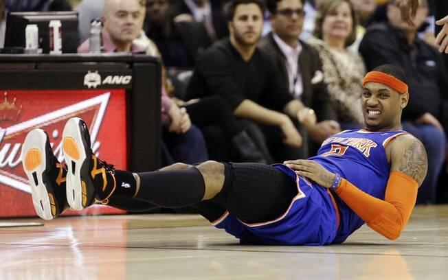 Anthony teve atuação apagada. Fez apenas nove  pontos na derrota do Knicks, para a alegria da  torcida em Denver