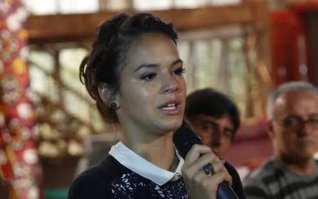 Bruna Marquezine se emociona ao falar do reencontro com Maneco 11 anos depois
