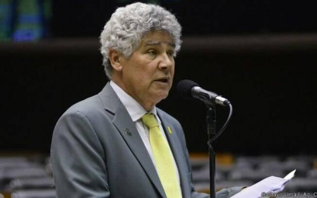 Deputado Chico Alencar (PSOL-RJ) diz que parlamentares de nove partidos querem saída de Cunha . Foto: Agência Câmara