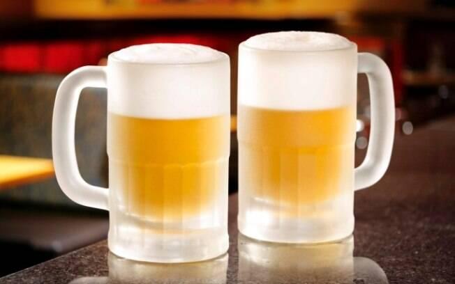 Outback celebra época de Carnaval com cerveja exclusiva pela metade do preço