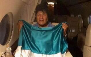 Evo Morales desembarca no México e promete 'continuar luta'
