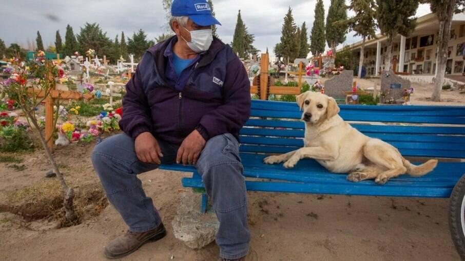Daniel Cisterna conta a história de Bobby e se emociona ao falar sobre o cãozinho