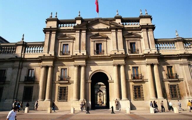 Palácio La Moneda é um dos pontos turísticos da capital chilena
