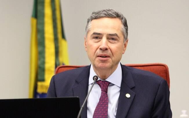 Luís Roberto Barroso tinha decidido por afastamento de forma monocrática