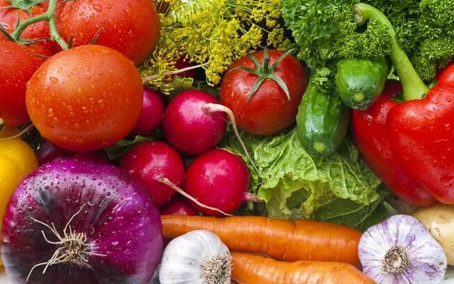 9. Verduras: São ótimas fontes de fibras, vitaminas e minerais, que também atuam no processo de eliminação de toxinas pelo organismo. Foto: Thinkstock/Getty Images