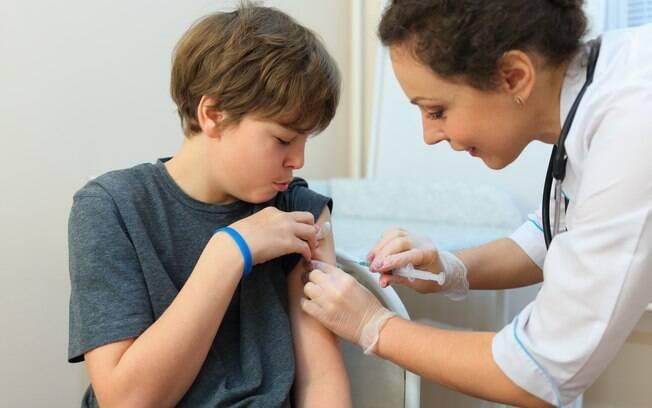 Meninos já estavam incluídos na campanha de vacinação contra o vírus do HPV desde janeiro deste ano
