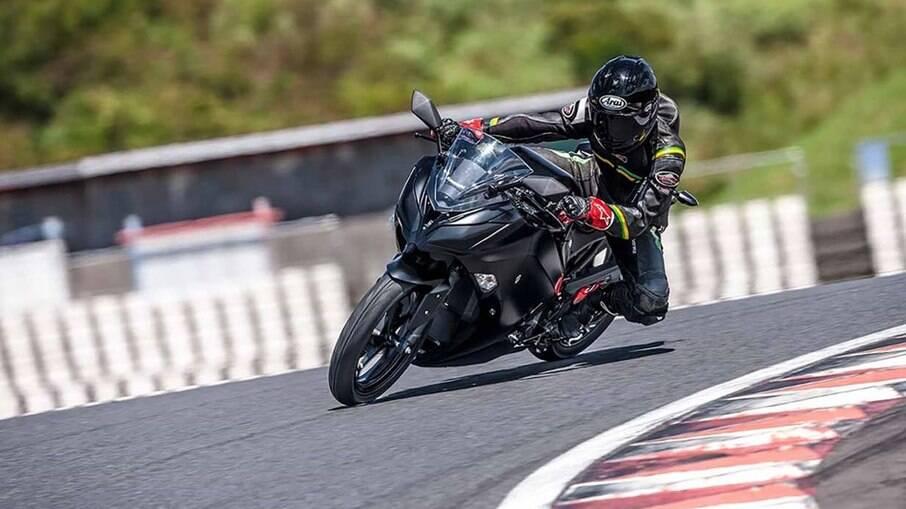 Kawasaki EV Project ainda está em fase de protótipo, mas vai servir de base para o modelo de produção em série