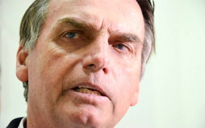 O deputado Jair Bolsonaro também integrará o time do trio organizado pelo Revoltados Online