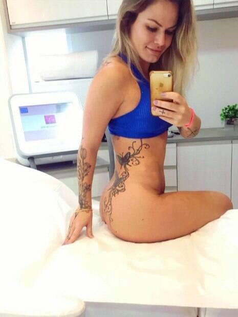 Nati Casassola exibiu as tatuagens e levou os seguidores à loucura