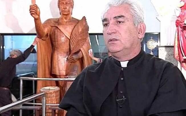 Padre militar Osvaldo Palópito