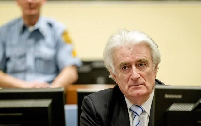 Radovan Karadzic foi condenado a 40 anos de prisão por genocídio e crimes contra a humanidade