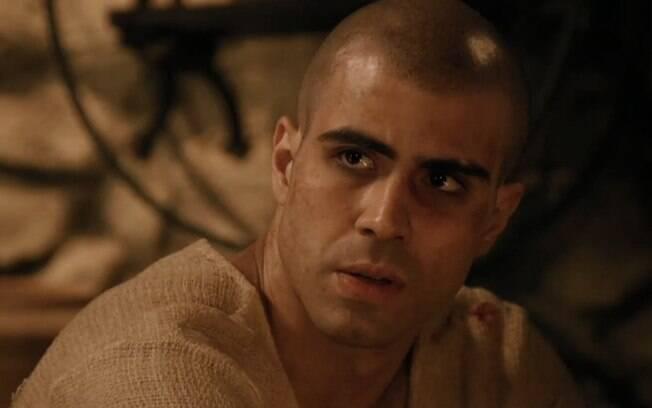 """Gênesis: Rejeitada? Asenate dá chute em José e foge da noite de núpcias: """"Não quero"""""""