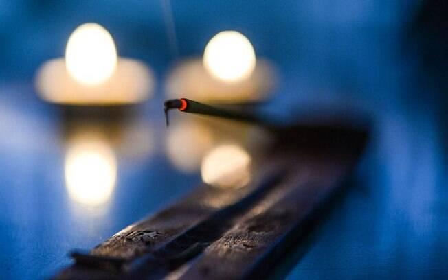 Treze incenso naturais para renovas as energias