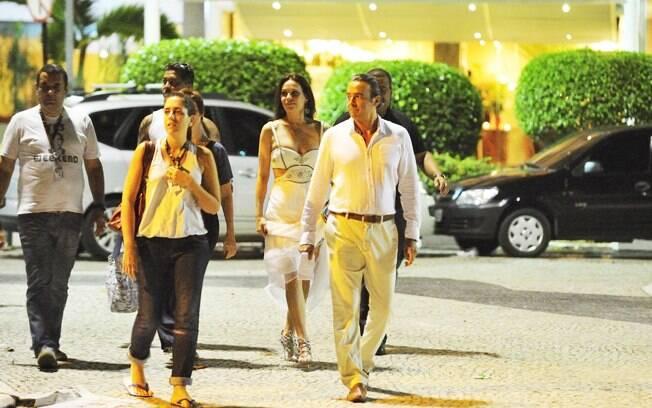 Carolina Ferraz e Alexandre Borges durante gravações de