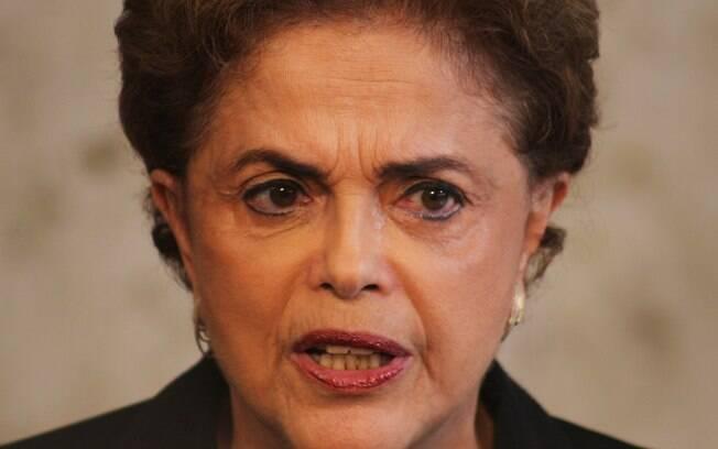 A presidente Dilma durante discurso em que pediu para atos serem pacíficos, na última sexta-feira