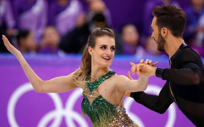 Ao lado do parceiro Guillaume Cizeron, Gabriella Papadakis foi medalha de prata em  PyeongChang