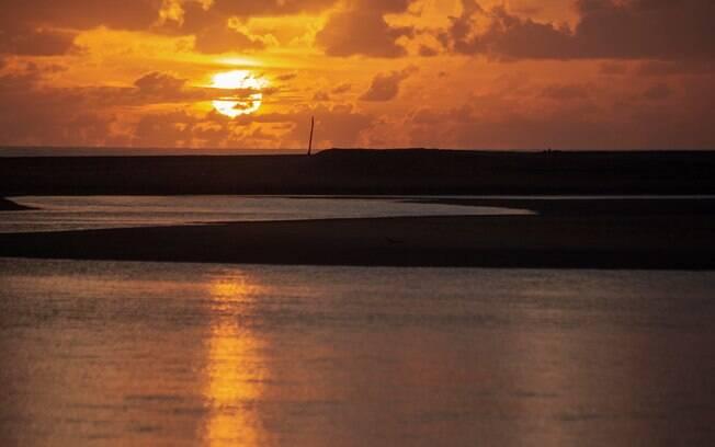 Praia de Barra Sêca durante o pôr do sol