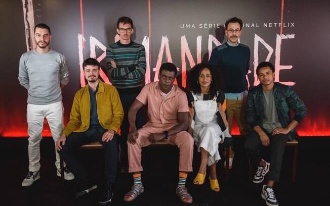 Elenco reunido no lançamento da produção brasileira com estreia marcada para o próximo dia 25