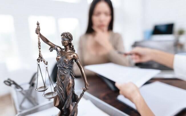 Iniciativas que visam incentivar o julgamento de crimes de feminicídio estão sendo executadas em todo o território nacional
