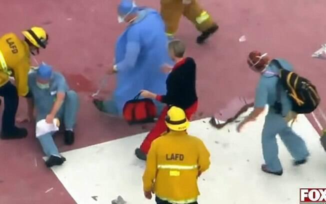 Antes de tropeçar e deixar o coração cair no chão, o helicóptero que trazia o órgão já havia tombado na pista