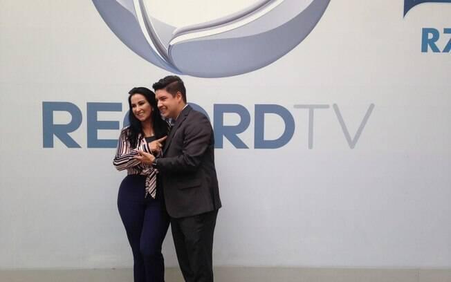 Record Tv aposta em novo formato para noticiário matinal. Apadrinhados de Marcelo Rezende comandam o produto