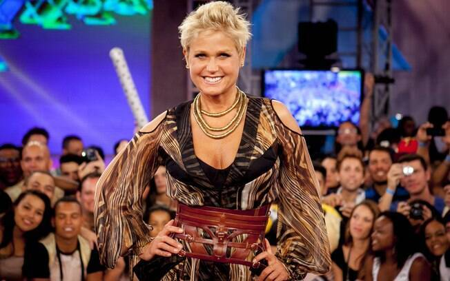Xuxa deve deixar os sábados da emissora no final de janeiro, quando acabam os reprises de férias do 'TV Xuxa' e o contrato da apresentadora com a Globo