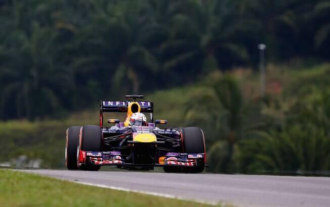 Sebastian Vettel conquistou a segunda pole da  temporada com o tempo de 1min49s674