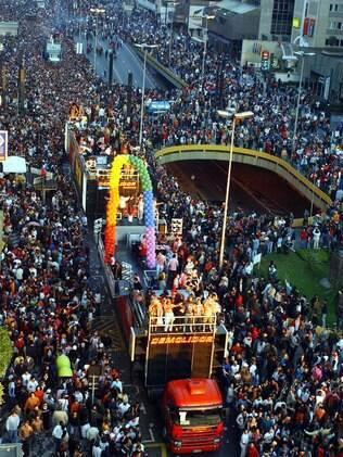 Sem os trios elétricos, a Parada Gay de São Paulo não teria o mesmo brilho