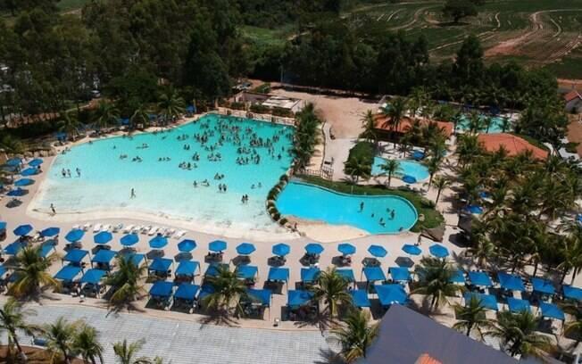 A Praia do Mirante foi construída com base na Praia de Ipanema, no Rio de Janeiro