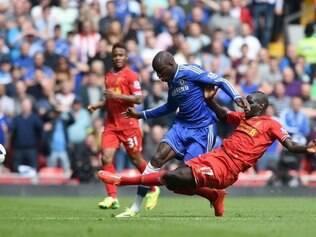 Chelsea contou com gols de Demba Ba e Willian para conquistar a vitória