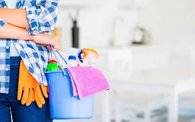 Na hora de limpar a casa, alguns itens acabam sendo deixados de lado e podem trazer prejuízos à saúde; veja quais são