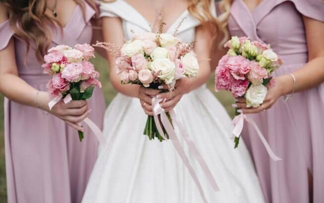 Algumas noivas exageram nos pedidos para as madrinhas de casamento e, por isso, elas decidiram contar os casos bizarros