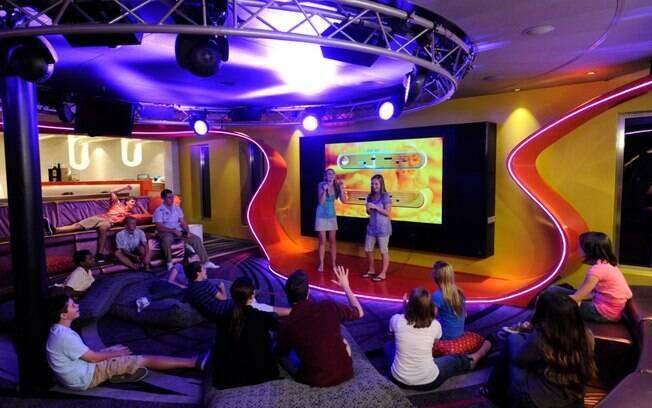 Para os mais adolescentes, há um espaço nos navios da Disney Cruise Line que é ideal para relaxar, curtir e fazer novas amizades