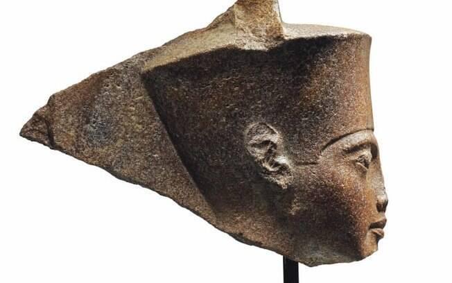Estátua de Tutancâmon foi vendida por US$ 6 milhões em leilão e governo egípcio protestou