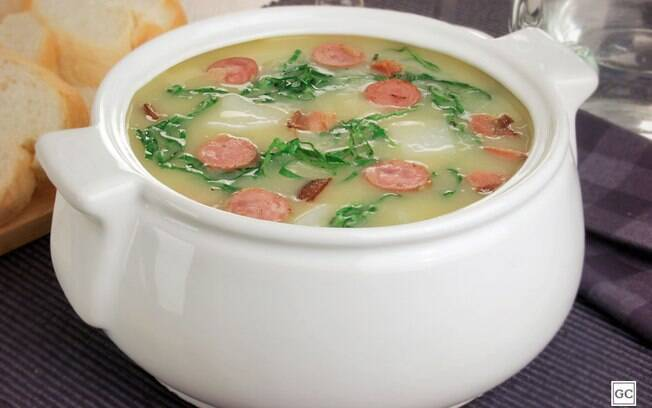 Receitas deliciosas de caldo verde prontas em até 1 hora