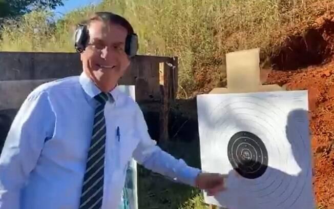 Bolsonaro publicou vídeo no Facebook