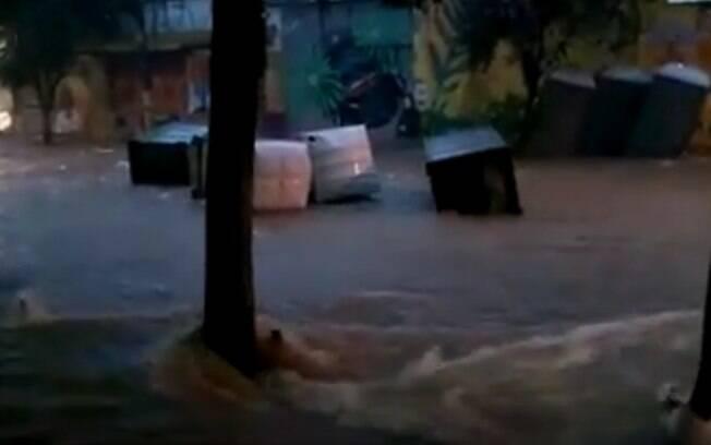 Enchentes tomaram conta de São Paulo e Grande São Paulo nesta quinta-feira