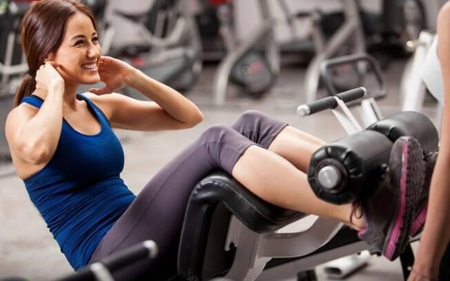 Musculação ajuda a tonificar músculos e combater flacidez
