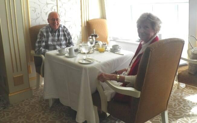 O casal de veteranos: Idelle e Orlie Curtis, da Califórnia, já fizeram 30 cruzeiros