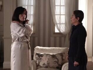 Cristina Galvão em cena com Gloria Pires em