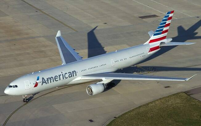 O avião de modelo A330-300 da American Airlines precisou fazer pouso de emergência