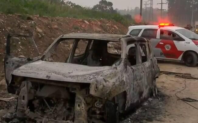 carro queiamado