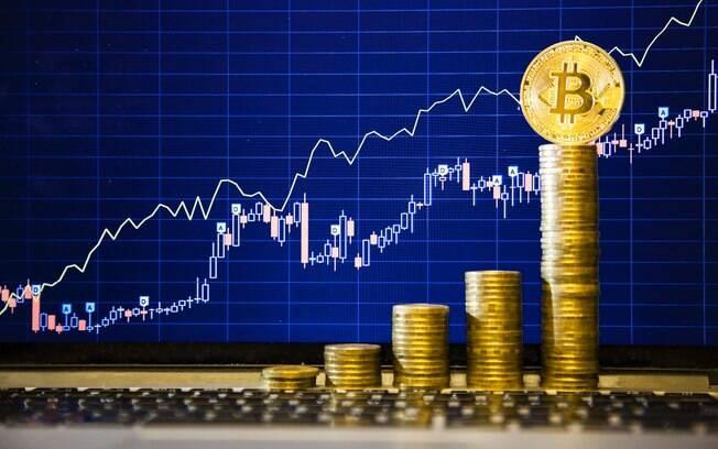 No dia 1 de janeiro de 2017, a Bitcoin estava próxima dos US$ 997,67, e a ETC perto dos US$ 8,35