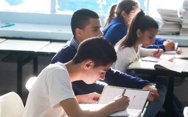 Uma das propostas para educação de Haddad é revogar o Novo Ensino Médio, aprovado pela gestão Temer