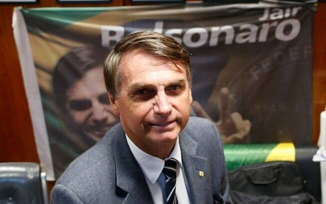 Candidato Jair Bolsonaro é favorito de 51% do eleitorado com renda acima de cinco salários mínimos, diz pesquisa Ibope