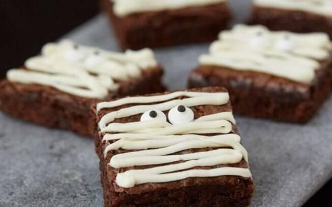 Mini brownies superfáceis para o Halloween