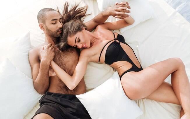Selecionamos 32 posições sexuais e, a cada dia de jogo da Copa, vamos abrir uma enquete para sabermos qual é a melhor