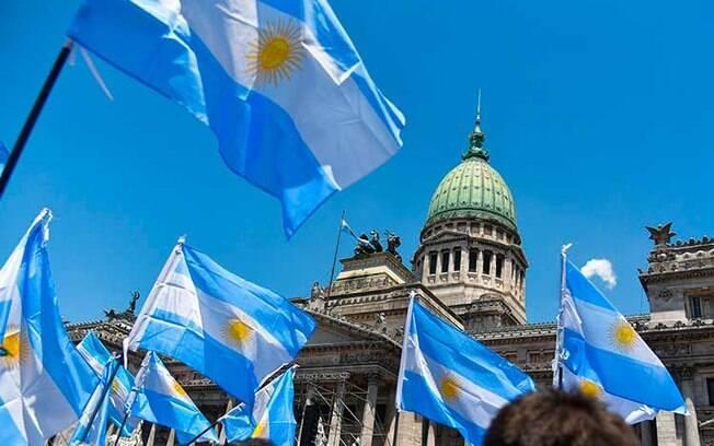 Argentina proíbe entrada de turistas brasileiros
